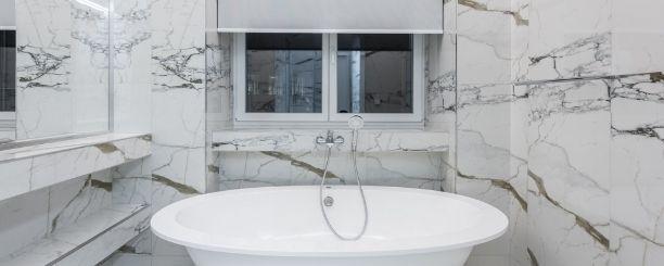 3x de perfecte raamdecoratie voor de badkamer