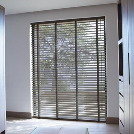 raamdecoratie ideeen aluminium jaloezie