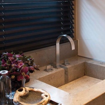 aluminium jaloezie badkamer