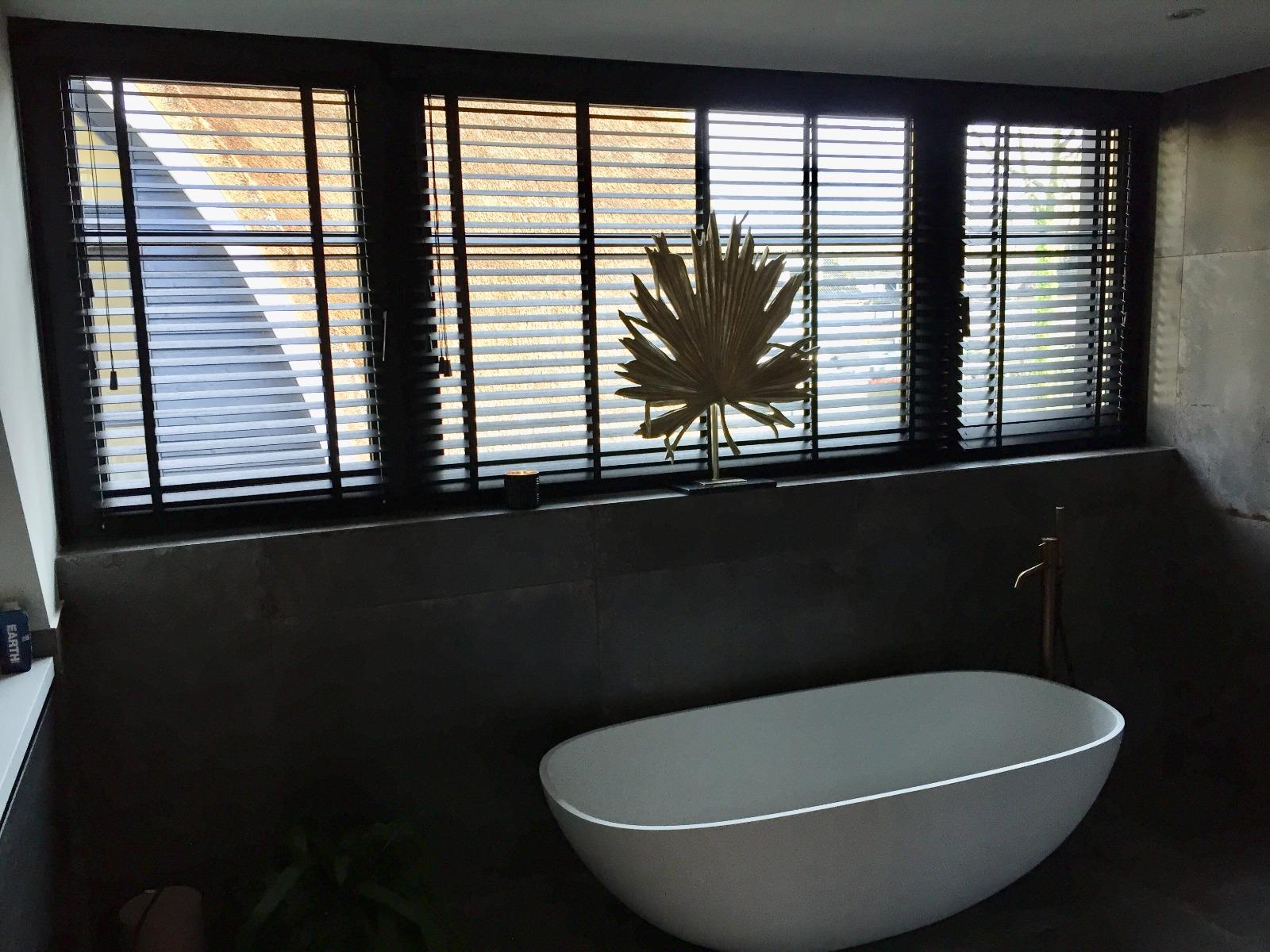 Kim Kötter en Jaap Reesema badkamer